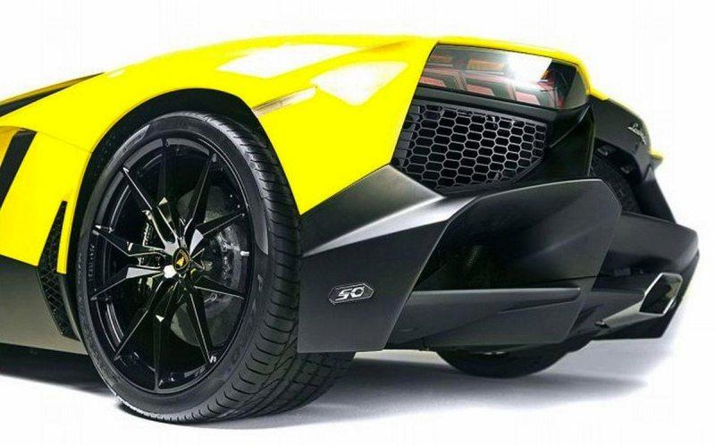 Lamborghini Aventador LP720-4 50-5