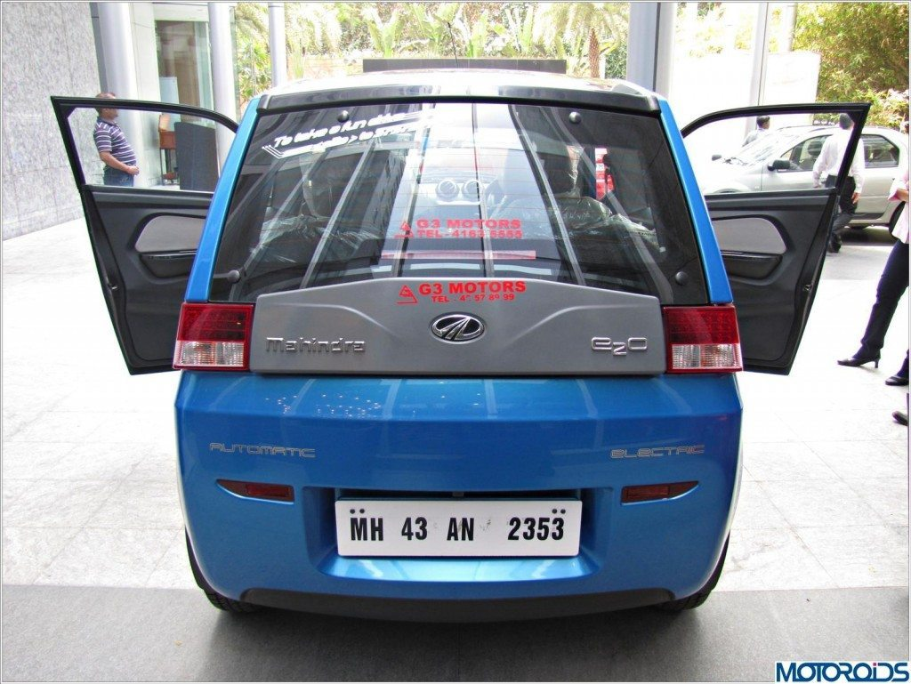 Mahindra Reva E20 (8)