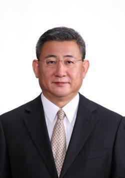 Mr.Kenichiro Yomura