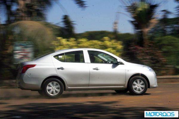 Nissan-Sunny-Xtronic-CVT-600x399