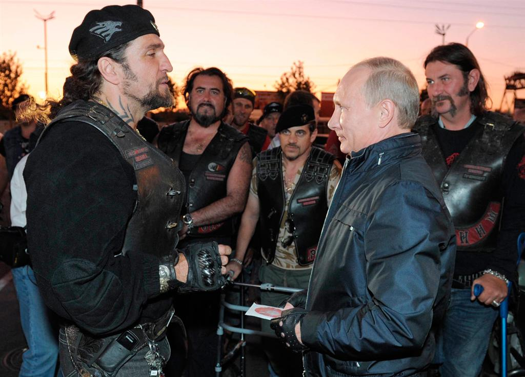 Vladimir Putin riding-3