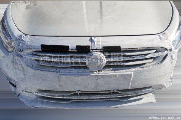 2014-Fiat-Viaggio-facelift-launch-3