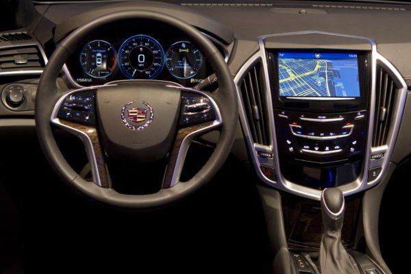 Cadillac unveils CUE