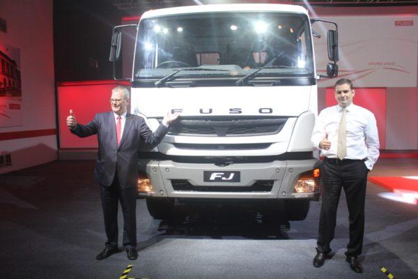 Daimler-FUSO-trucks-2