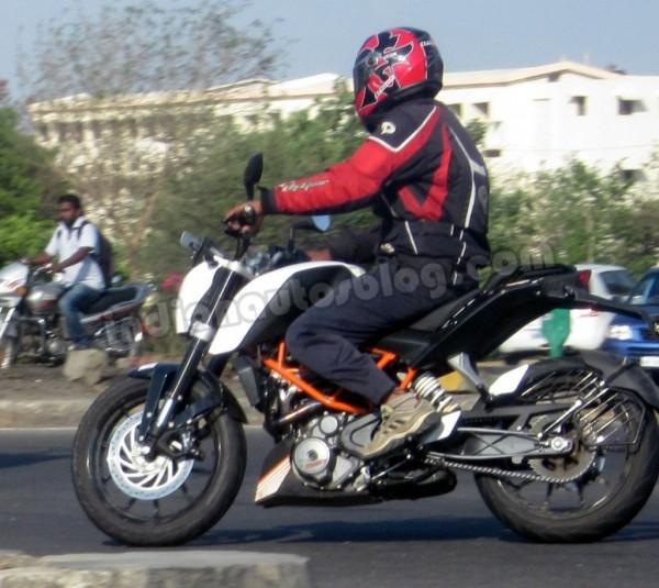 KTM-Duke-390-Pune-1