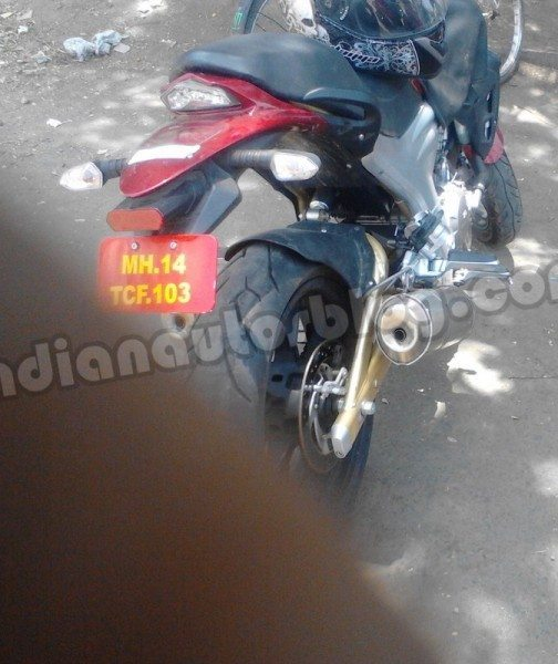 Mahindra-Mojo-300-Price-in-India-3