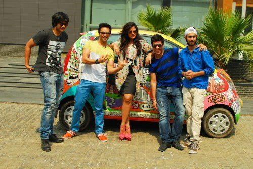 Photo 1 - Saddi Dilli Nano Art Car with the stars of Fukrey