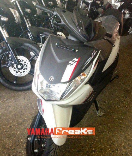 Yamaha-Ray-pics-4
