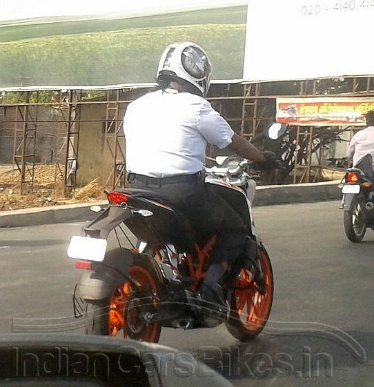 ktm-390-duke-india-launch-pics-1
