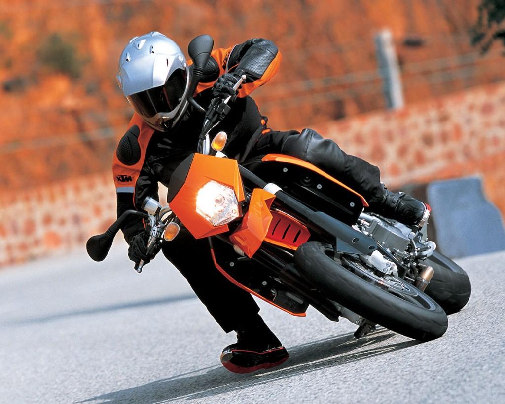 ktm supermoto offroad bike