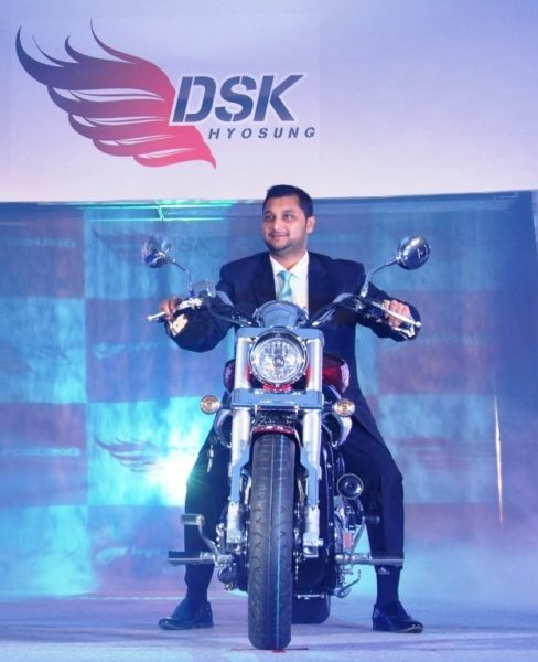 1. Mr.Shirish Kulkarni,Chairman, DSK Motowheels