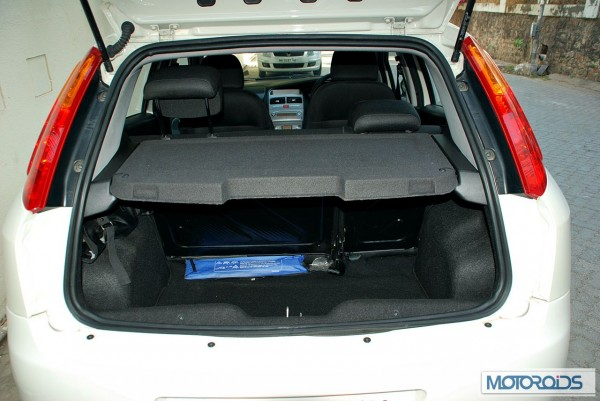 2013 Fiat Grande Punto 90HP review (43)