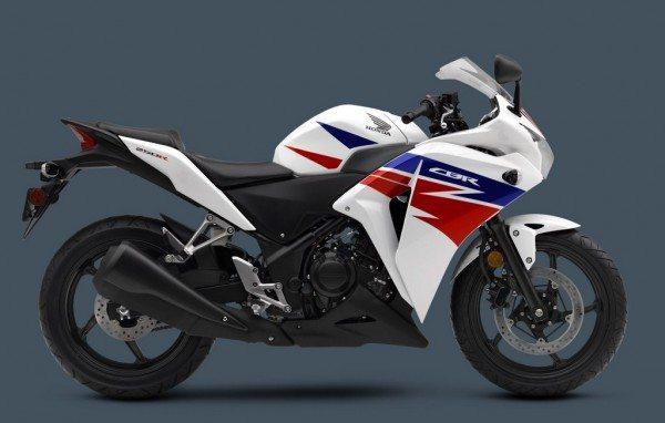 2013-Honda-CBR-250-R-White-color
