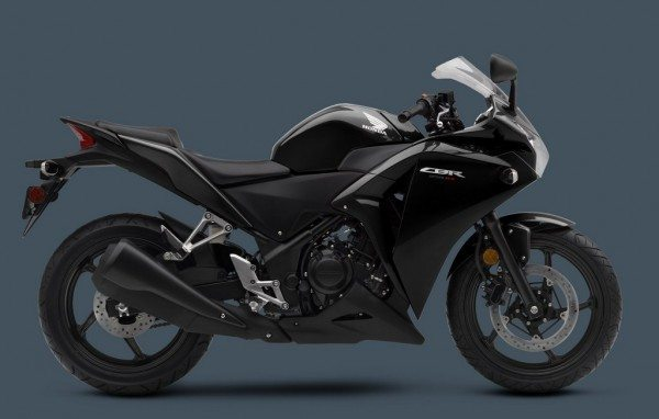 2013-Honda-CBR-250R-Black-color