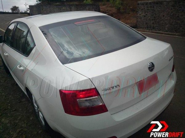 2013-Skoda-Octavia-India-Launch-date-pics-5
