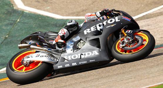 2014-Honda-RC213V-3