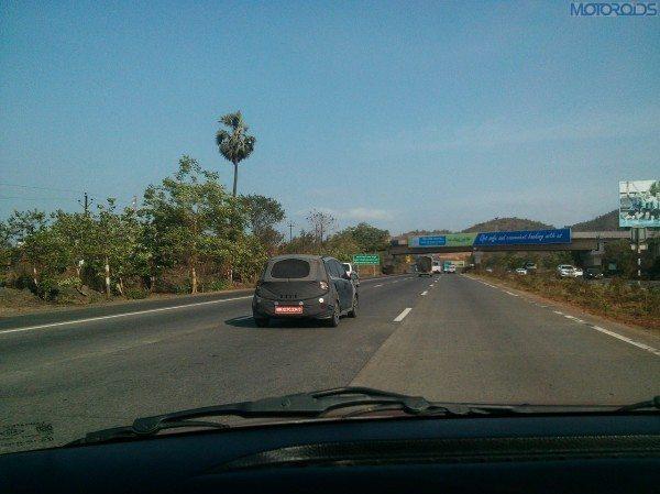 2014-Hyundai-10-Pics-India-3
