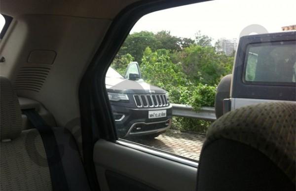 2014-Jeep-Grand-Cherokee-Wrangler-India-launch-3