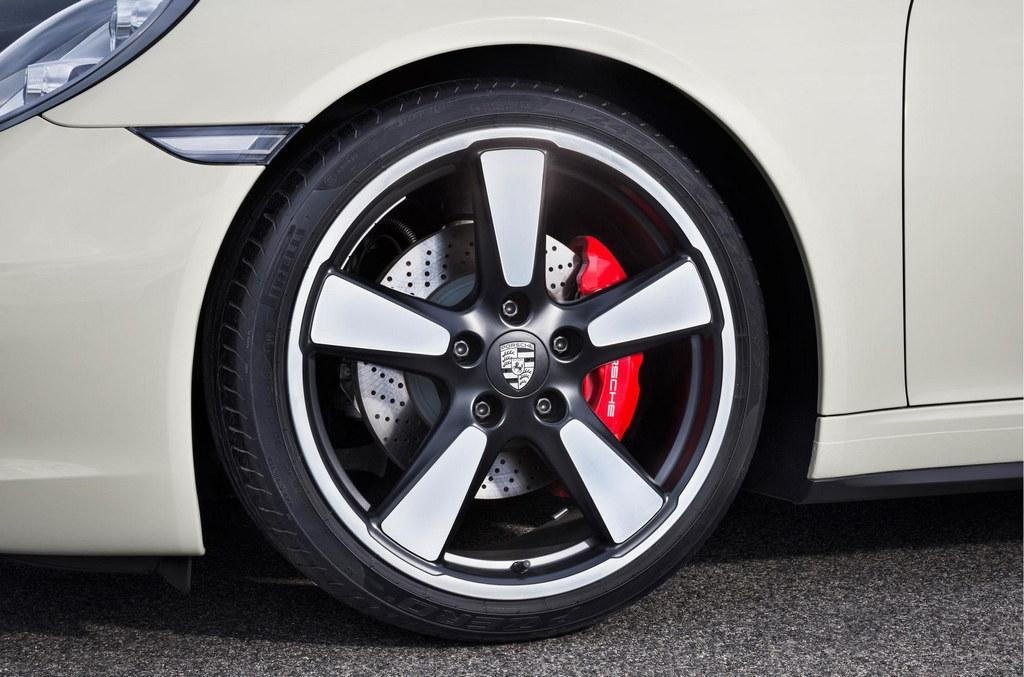 50th Annivesary Porsche 911 wheels