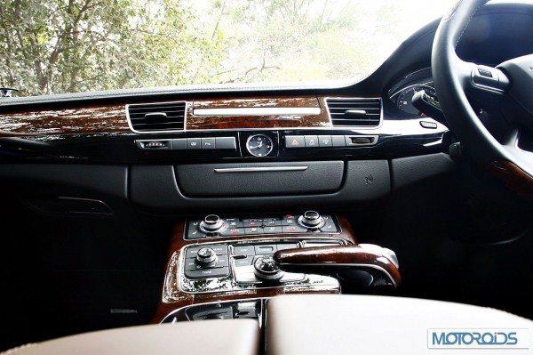 Audi A8L 4.2 TDI review India (133)