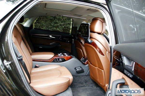 Audi A8L 4.2 TDI review India (146)