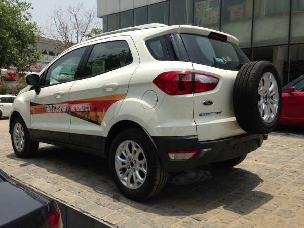 Ford-EcoSport-booking-prices-pics-3