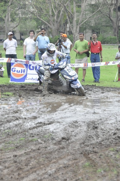 Gulf Monsoon Scooter Rally (3)