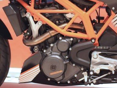 KTM-390-Duke-India-launch-engine