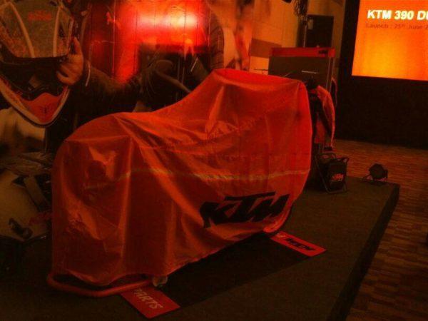 KTM-Duke-390-India-launch