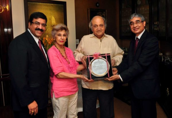 Kastubh-Mahindra-Lifetime-Achievement-Award-2