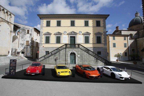 Lamborghini in esposizione a Pietrasanta (1)