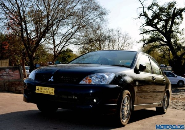Mitsubishi-Cedia-Sports-India-6