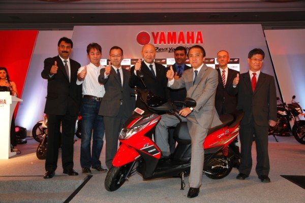 Mr. Hiroyuki Yanagi, President and CEO, Yamaha Motor Co. Japan, along with top officials of india Management and the Sales and Marketing Team in India during the launch of