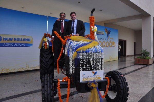 Mr. Rakesh Malhotra, Head of New Holland Fiat India,Mr Stefano Pampalone, Head of Operations for India, Pakistan, Far East and Japan at the Celebration to mark rollout of New Holland's 2,50,000th tractor2