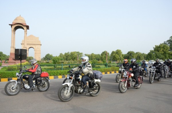 Royal Enfield_Himalayan Odyssey_India Gate (7)