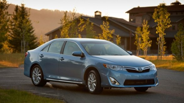 Toyota_Camry_Hybrid_2