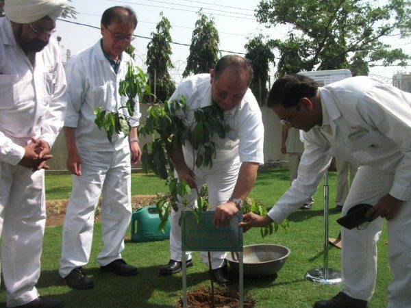 Tree Plantation by Mr.Keita Muramatsu, President & CEO