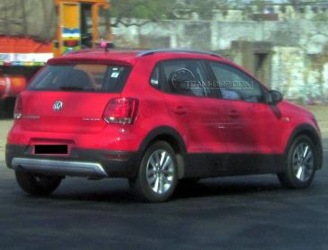 Volkswagen-Cross-Polo-India-launch-pics-3