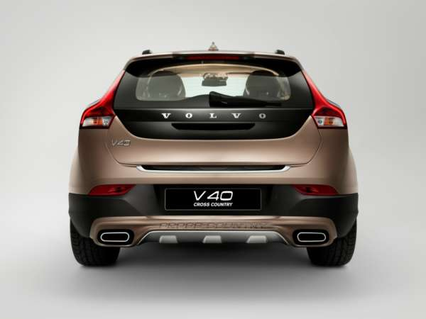 Volvo-V40-India-Price-features-diesel-engine-2