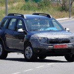Dacia/Renault Duster facelift coming this year. Spotted testing