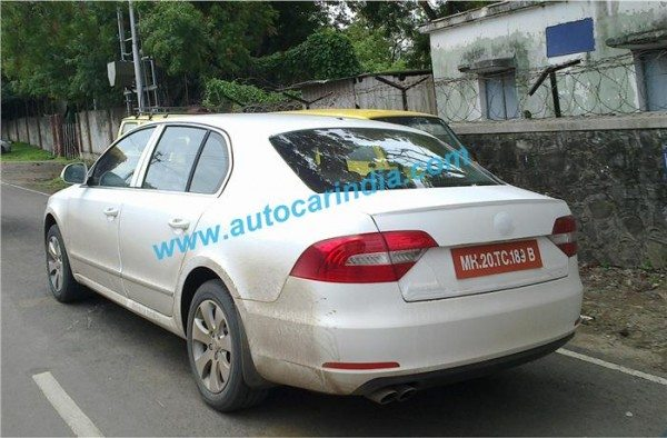 2014-Skoda-Superb-facelift-india-launch