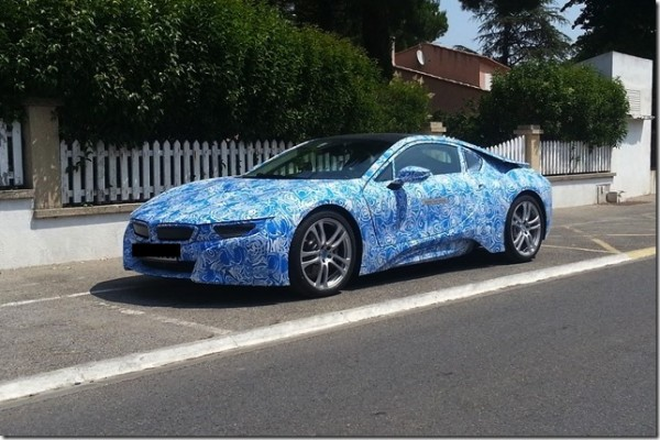 BMW-i8-hybrid-supercar-pics-1