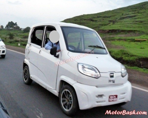 Bajaj-RE60-launch-price-pics-1