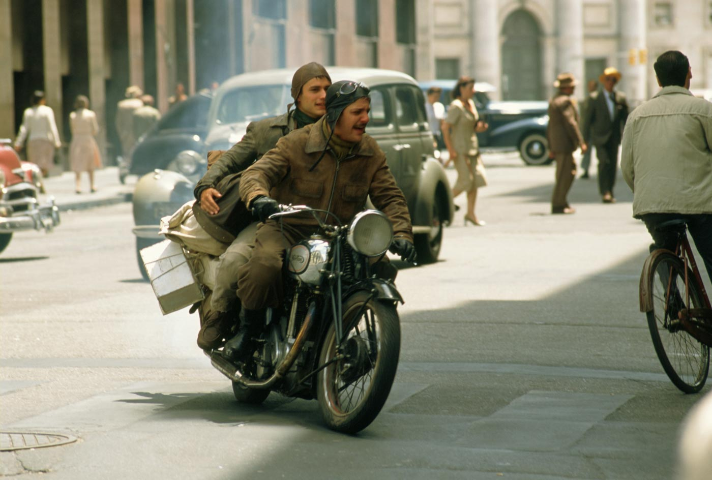 "motorcycle diaries essay Che's ""the motorcycle diaries"" and alberto's ""traveling with che guevara  get a custom essay sample written according to your requirements."