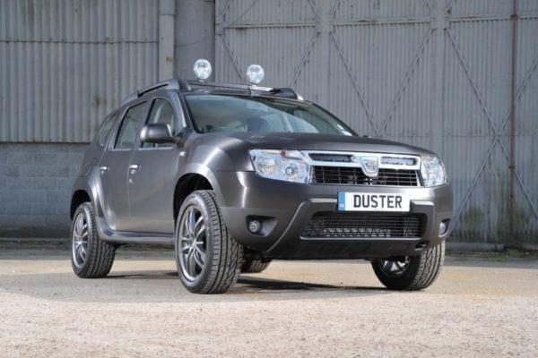 Dacia-Duster-Black-Edition-pics-1