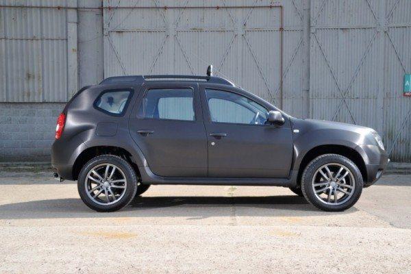 Dacia-Duster-Black-Edition-pics-3
