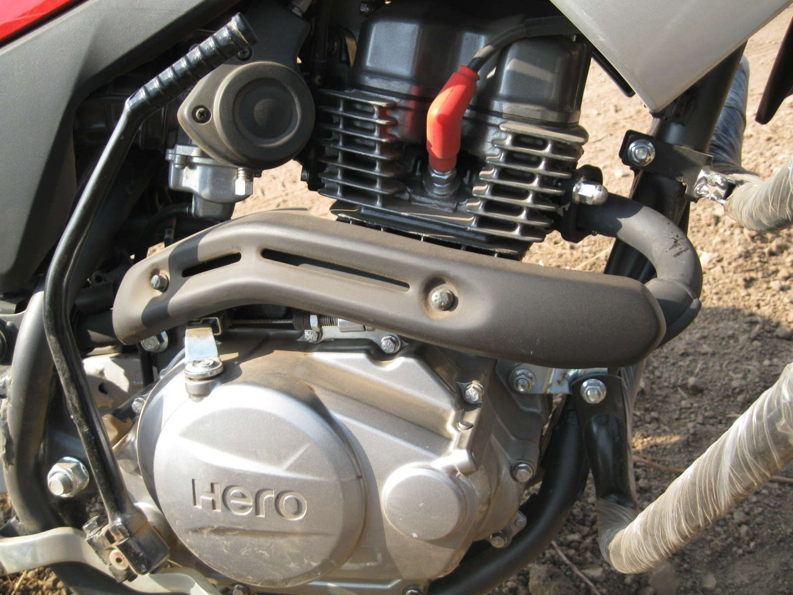 Hero MotoCorp developing a new 250cc engine  A 100cc and a 110cc