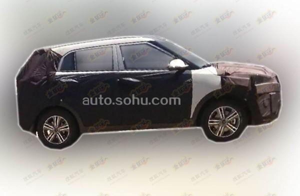Hyundai-mini-SUV-2