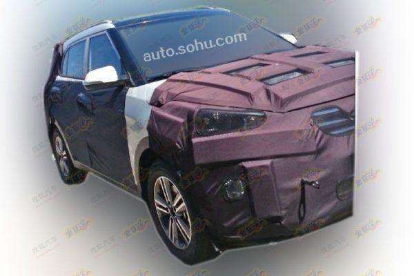 Hyundai-mini-SUV-3