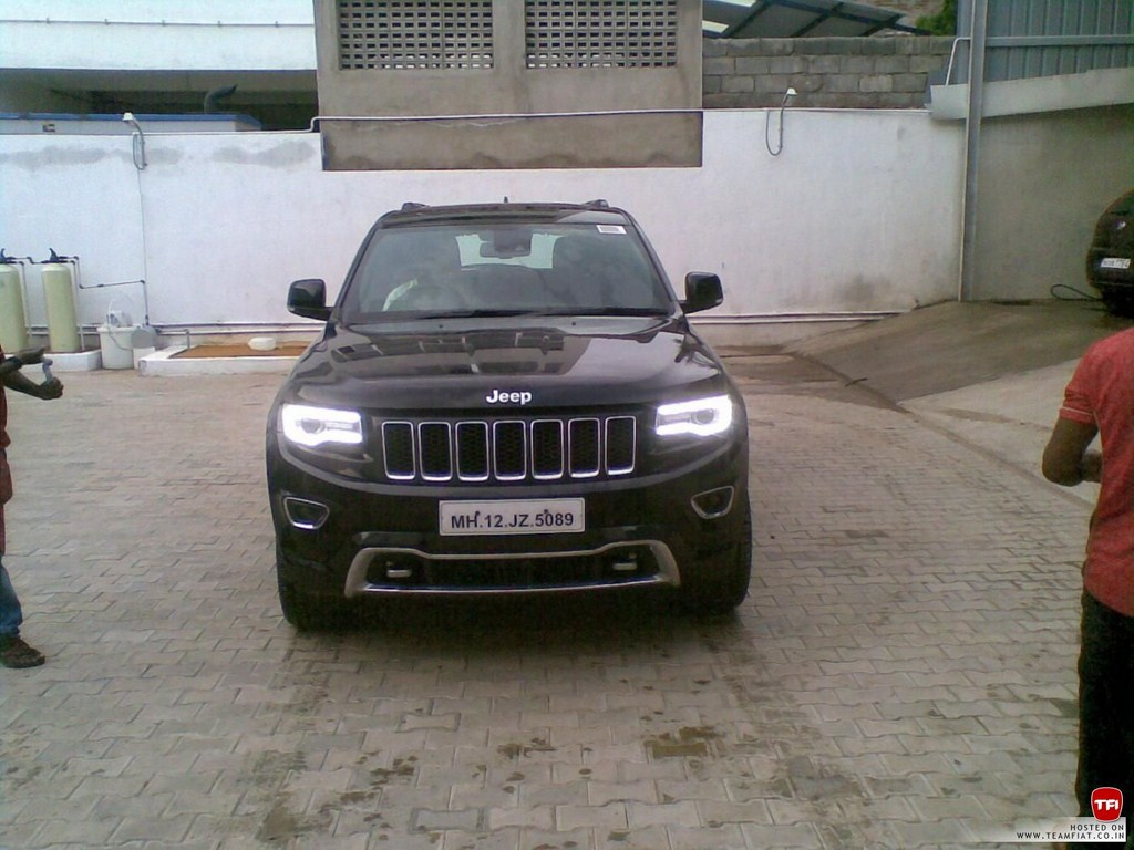 Jeep Wrangler And Grand Cherokee Spotted In Chennai